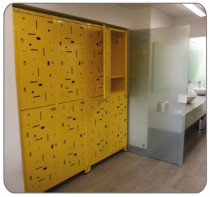 Locker amarillo perforado-spa-02